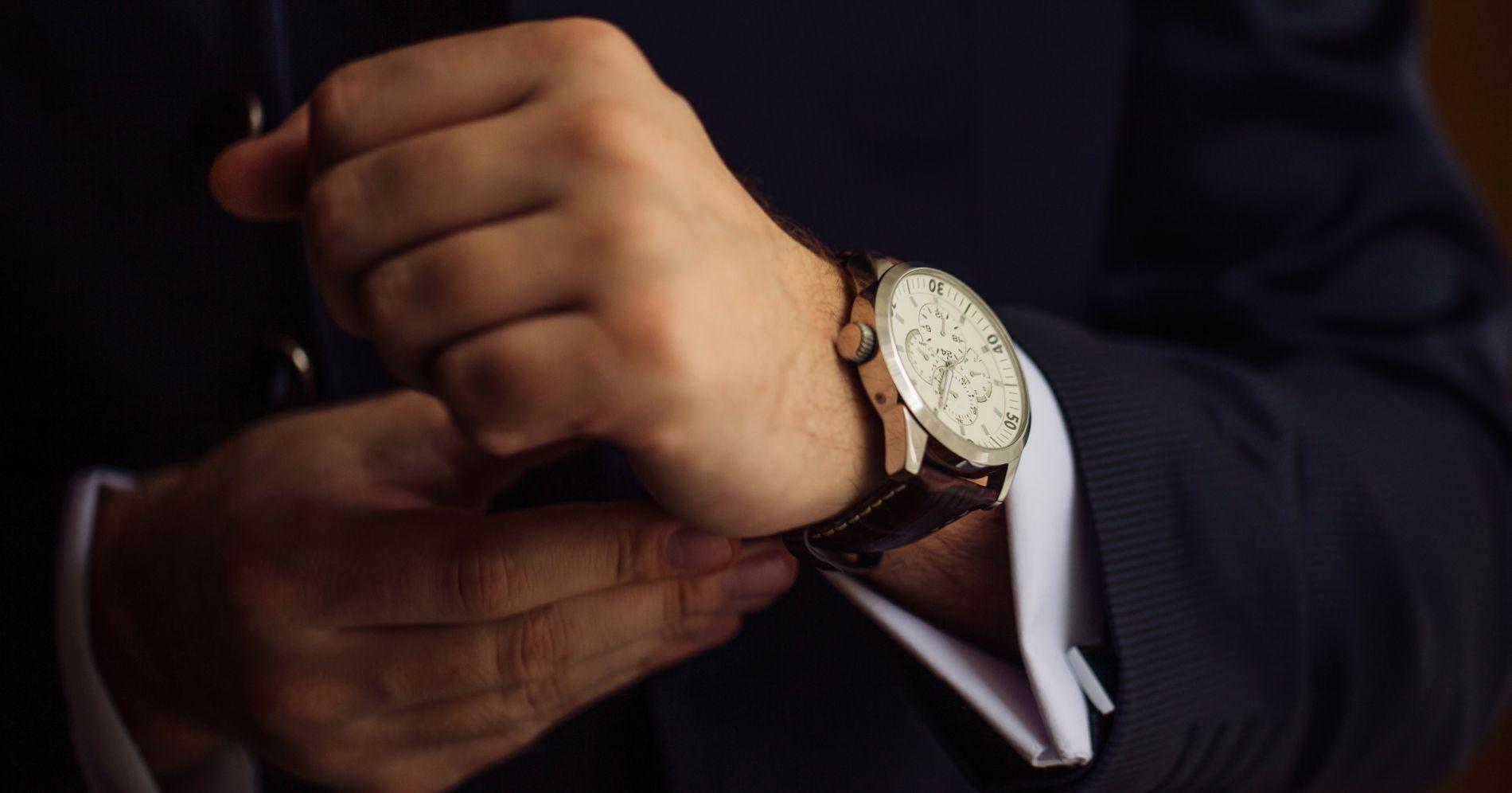 50% preț dimensiunea 40 calitate autentică ceasuri • City Park Mall