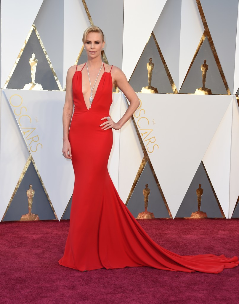 Charlize+Theron+88th+Annual+Academy+Awards+eiieF49MjxGx