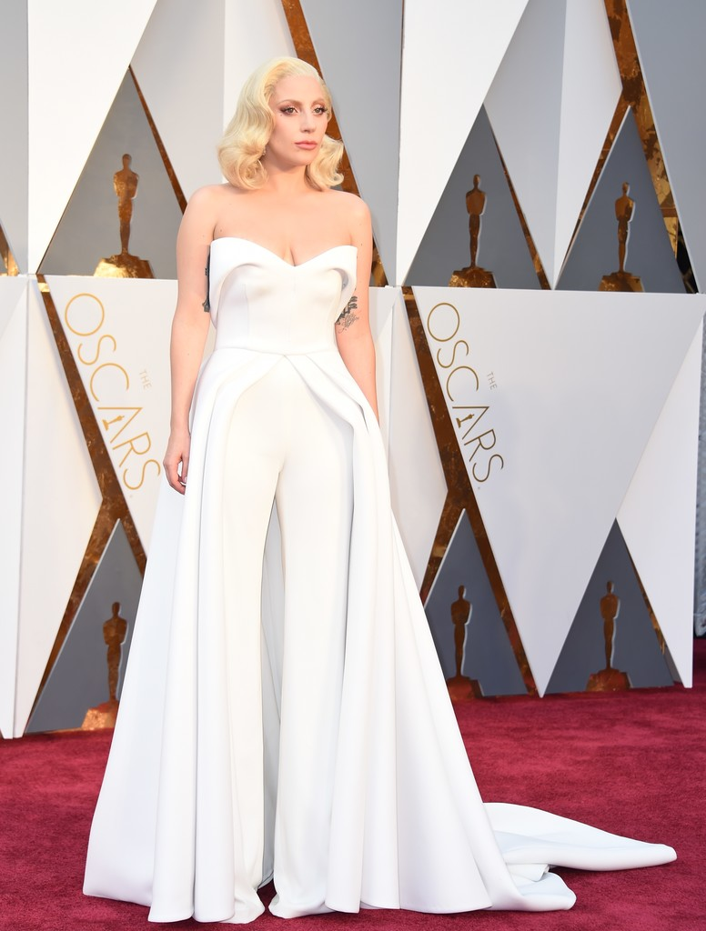 Lady+Gaga+88th+Annual+Academy+Awards+Arrivals+ul-F6zSdxnKx