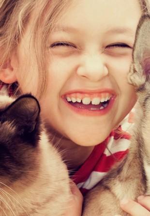 Copiii și animalele de companie: de ce este o idee bună?