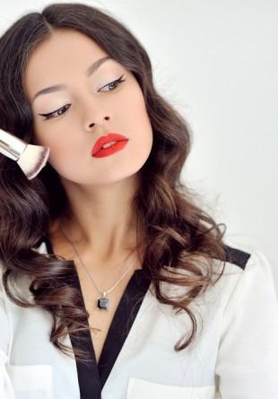 7 obiceiuri de care trebuie să te ferești pentru a scăpa de acnee